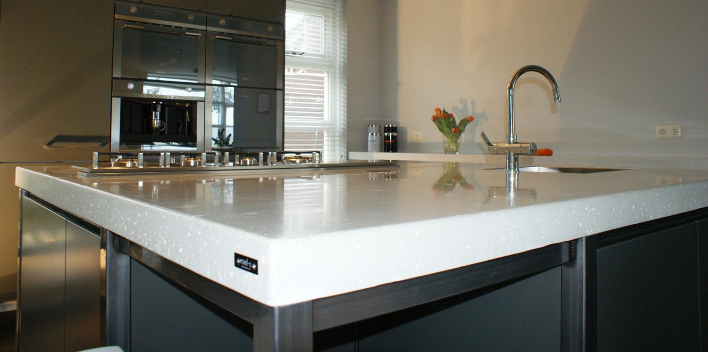 kan mijn keuken het gewicht van een betonnen keukenblad aan. Black Bedroom Furniture Sets. Home Design Ideas